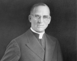 Fr_Flanagan_by_Paul_Otera_courtesy_of_the_Archdiocese_of_Omaha